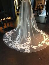 Vera Wang Audrey Butterfly Lace Veil Ivory Authentic Designer Collection $2,400