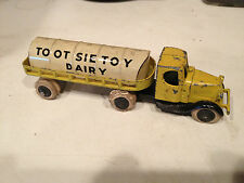 EARLY VINTAGE TOOTSIE TOY 'DAIRY' TANKER TRUCK CAST & TIN VERY NICE EXAMPLE