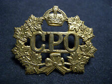 CANADA POST OFFICE WW II CAP BADGE LETTER CARRIER MAILMAN CPO C.P.O. OBSOLETE