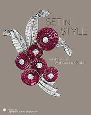 VAN CLEEF & ARPELS JEWELRY JEWELS SMITHSONIAN HARDCOVER MAGNIFICENT CATALOG