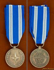 NATO MEDAL IN SERVICE OF PEACE AND FREEDOM FULL SIZE NORTH ATLANTIC ORDER NEW