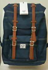 Herschel Little America Midvolume Backpack (Navy Fouta)