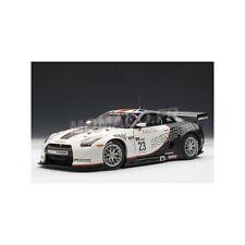 NISSAN GT-R FIA GT WORLD CHAMPIONSHIP 2010  AUTOart     1/18