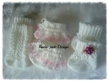 Knitting Pattern #29 (NOT THE KNITTED ITEM) 0-3 Baby socks/Reborn Doll 14-22in