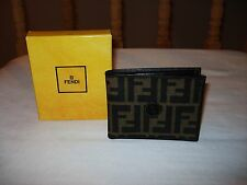 NIB FENDI LOGO MEN'S BI-FOLD LEATHER WALLET SHOES SHIRTS KEYCHAIN-MADE IN ITALY