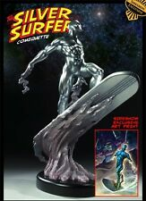 MIB Sideshow Exclusive Silver Surfer Comiquette with Print