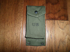 U.S MILITARY VIETNAM ISSUE M-14 MAGAZINE CLIP POUCH. DATED 1961, UNISSUED
