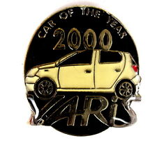 """AUTO Pin / Pins - TOYOTA YARIS """"CAR OF THE YEAR 2000"""" [1343]"""