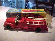 Vintage Old HUBLEY Metal Kiddie Toy Hook & Ladder Fire Truck & Box Nice!