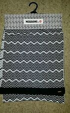 "BNWT ""MISSONI FOR TARGET"" WOMENS BLACK / WHITE SCARF ** ONE SIZE"