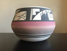 Fine Old Native American Ute Indian Pottery Vase Hand Painted Art NR