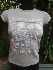 Beautiful Pattern Indian Sunset Grey T-Shirt UK 9-10 140cm