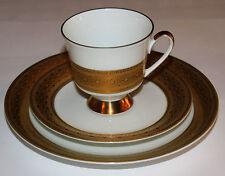 Johann Seltmann Vohenstrauss Kaffeegedeck 3-teilig weiß m. breitem Goldrelief