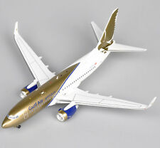 Inflight 200 1:200 Gulf Air Boeing 737-700 HB-IIO Aircraft Airplane Model Toy