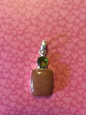 GOLD SAND STONE AND PERIDOT .925 SILVER PENDANT