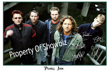 PEARL JAM LARGE AUTOGRAPH SIGNED POSTER PRINT PHOTO  - GREAT MEMORABILIA