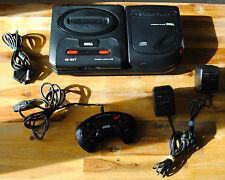 Console SEGA MEGA CD II 2 + Mega Drive 2 et tous les câbles : prête à jouer
