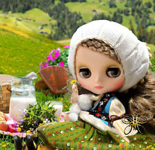 In Stock Now Middie Blythe Doll Dainty Meadow CWC Takara