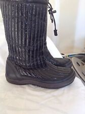 ECCO SZ 39 BLACK PATENT LEATHER WOOL LINED MID CALF WINTER BOOTS BOOTIES