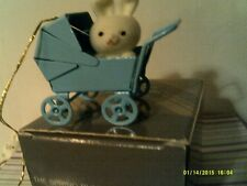 VTG AVON SPRING BUNNY COLLECTION ORNAMENT-BABY CARRIAGE-NEW IN BOX-FREE SHIPPING
