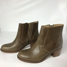 39.5 9 $515 APC A.P.C. Camarguaise Olive - Tan Leather Wood Stacked Boots