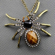 New Exaggerated Retro Spider Pendant Women Long Necklace Vintage Sweater Chain