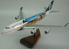 B-747 Air New Zealand LOTR Legolas Aragorn B747 Airplane Wood Model Big