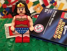 Lego DC Universe super Heroes Wonder Woman Minifigure Keychain 853433