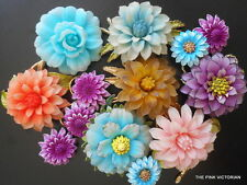 SIGNED CORO LIGHTWEIGHT CELLULOID REALISTIC VINTAGE FLOWER PINS HUGE ZINNIAS