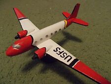 Built 1/144: US Forest Service DOUGLAS DC-3 Fire-Fighting Aircraft