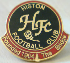 HISTON FC Club crest badge Maker TERRYS BADGES Brooch pin Gilt 26mm x 25mm