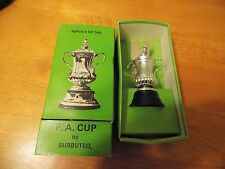 Boxed Subbuteo Set C128 The FA Cup, older version, Excellent Condition