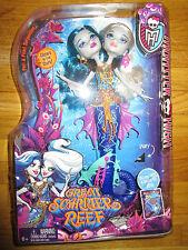 MONSTER HIGH Great Scarrier Reef Peri & Pearl Serpintine Doll Glow in the dark!