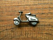 "VESPA SCOOTER VEST PIN ~1-1/8"" x 3/4"" LAPEL HAT BADGE BIKER BROCHE ANSTECKER"