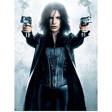Kate Beckinsale as Selene in Underworld Ready to Fight 8 x 10 inch photo
