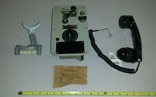 Vintage Henschel 70-553 TY23-2RL Sound Powered Telephone Set Dial Crank Operated