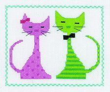 VERVACO  0149498  Chat rose et vert  Kit  Broderie  Point de Croix  Compté