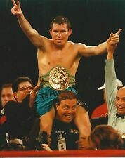 JULIO CESAR CHAVEZ 8X10 PHOTO BOXING PICTURE WITH BELT