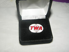 TRANS WORLD AIRLINES TWA COLLECTABLE LAPEL TAC PIN PILOT OR F/A CHRISTMAS GIFT