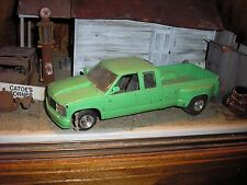 1/24 Custom Pro Street 1990's Chevy Ext. Cab Dually Pickup Truck Green for parts