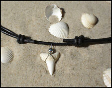 HAIFISCHZAHN~LEDER KETTE~SURFER STIL~HAIZAHN~LEDERKETTE~NECKLACE~LEATHER~CHOKER~