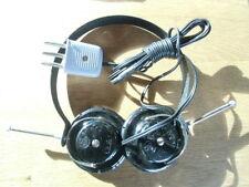 Kopfhörer der 50er Jahre,  -- Röhrenradio - Volksempfänger - Kofferradio --