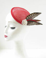 Red Brown White Pheasant Feather Fascinator Headpiece 1940s Pillbox Hat Vtg 269