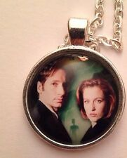 La X-files Mulder & Skully Collar Ufo Aliens Marcianos