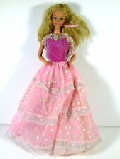 DRESSED BARBIE DOLL 1985 DREAM GLOW DRESSB