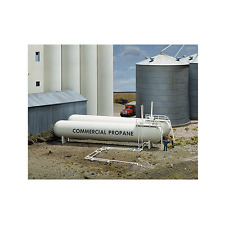 3129 Walthers Cornerstone Propane/Ammonia Storage Tanks HO Scale Kit