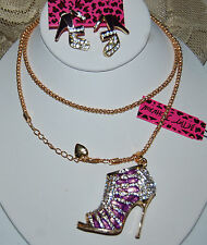 BETSEY JOHNSON GORGEOUS 3 PC CRYSTAL HIGH HEELS NECKLACE EARRINGS & BRACELET PUR