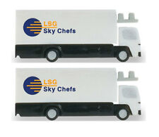 Herpa Wings Scenix Airport Catering Trucks x 2 1/400 Scale 562485