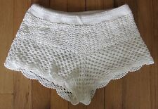 NWT H&M White knitted Crocheted Booty Short Shorts Women's Size 2