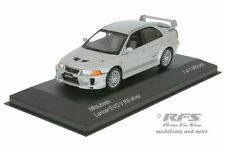 Mitsubishi Lancer Evo V RS - Baujahr 1998 - silber - 1:43 IXO / WHITEBOX WB 214
